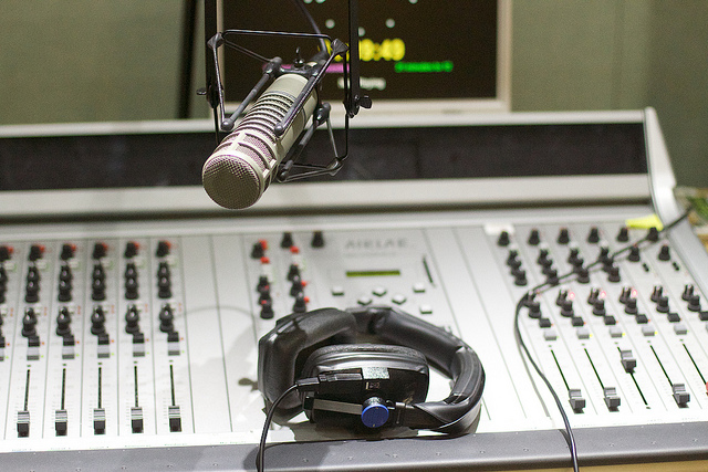 How Speakers Can Use Podcasting to Create Visibility