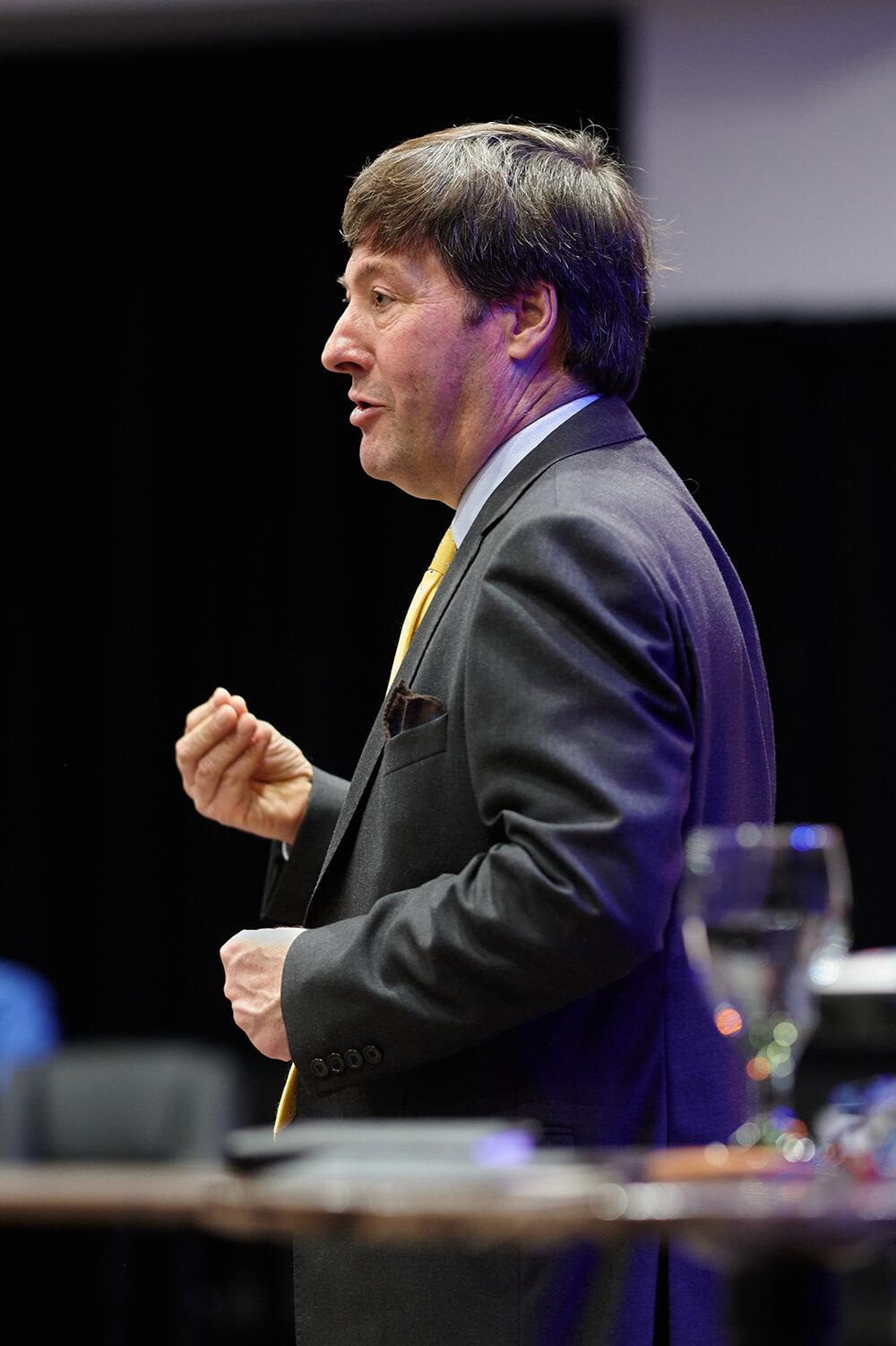 Eamonn O'Brien - Leading Business Storytelling Coach and Keynote Speaker